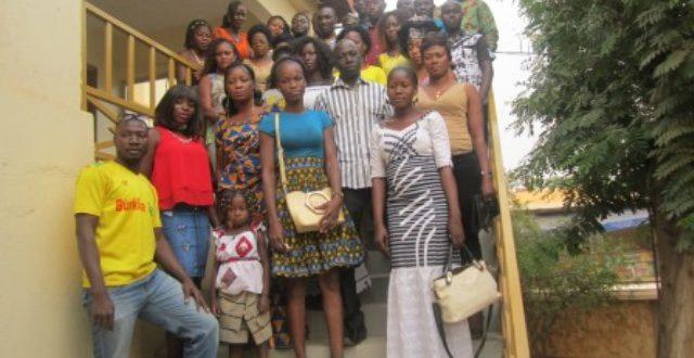Association Coiffure et Santé du Burkina Faso(A.C.S/BF):des actions pour prévenir les risques sanitaires de la coiffure