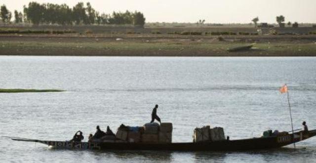 Migrants: le naufrage d'une pirogue au large du Sénégal a fait au moins 140 morts