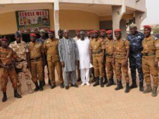 Visite du Président du Faso Roch Kaboré dans le camp de la sécurité présidentielle le 3 janvier 2018