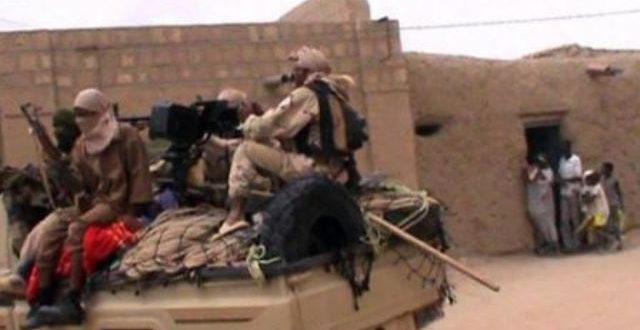 Mali: 9 ans après leur saccage par les jihadistes les mausolées de Tombouctou renaissent