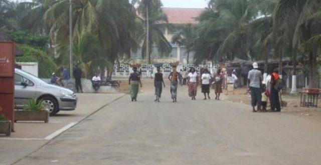 Côte d'Ivoire: la contestation de résultats sème le désordre à Grand-Bassam
