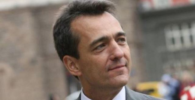 Dossier judiciaire de Norbert Zongo: le très politique ambassadeur de France Xavier lapeyre de cabanes se prononce sur la question d'extradition de François Compaoré