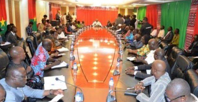 Gouvernement/Syndicats burkinabè: un dialogue social sincère attendu avant fin Janvier 2019