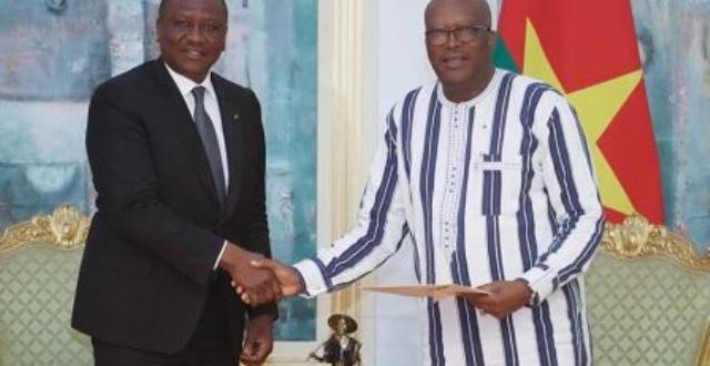 Burkina Faso-Côte d'Ivoire : Hamed Bakayoko porteur d'un message confidentiel du président ivoirien au présidentKaboré
