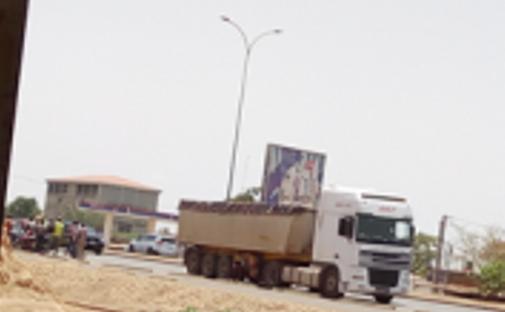 Violation des horaires de circulation de véhicules poids lourds à Ouagadougou: un camion saisi par la police le 17 Mai 2019