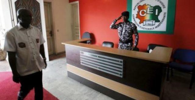 Côte d'Ivoire: la réforme de la Commission électorale adoptée
