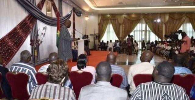 Le Président du Faso félicite les meilleurs élèves de 2019 au Burkina