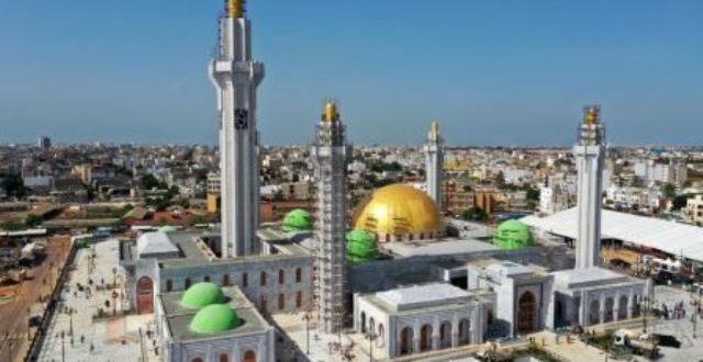 Inauguration à Dakar en 2019 de la plus grande mosquée d'Afrique de l'Ouest