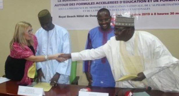 Formules accélérées d'éducation et de formation : un partenariat scellé entre le Burkina, le Mali, le Niger et la fondation Stromme
