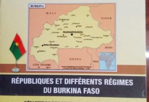 Livret en vente sur les listes des 45 provinces , 13 régions ,différents régimes politiques du Burkina Faso