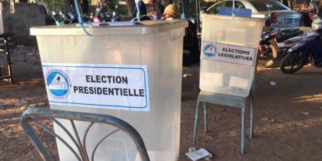 Présidentielle et législatives du 22 novembre 2020 au Burkina: ambiance sereine de votes avec un possible embonpoint pour le taux de participation