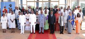 Conseil des ministres du 24 Février 2021: 30 000 tonnes de vivres au profit de 767 000 personnes déplacées dans 124 communes des 13 régions du Burkina Faso.