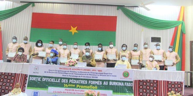 Burkina Faso: Fin de formation de 16 nouveaux médecins pédiatres le 6 avril 2021