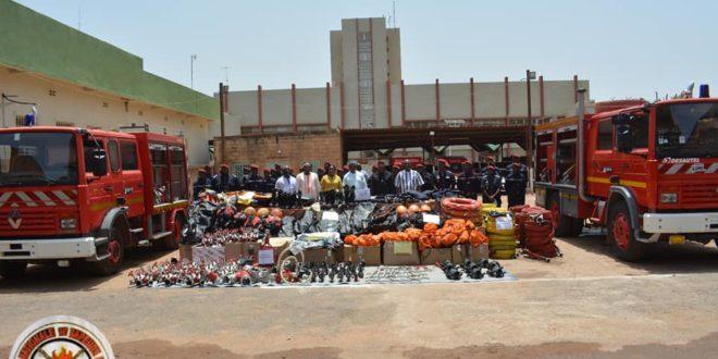 Brigade Nationale des Sapeurs-Pompiers (B.N.S.P): des équipements remis par la Mairie de Ouagadougou le 9 Juin 2021